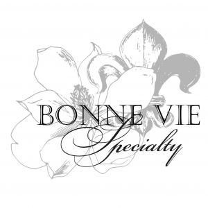 Bonnie Vie Specialty: Cakes and Desserts
